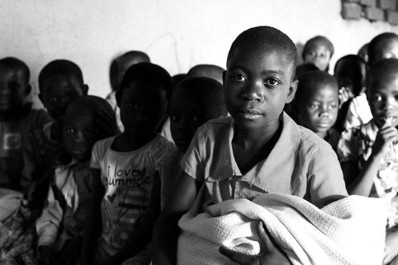 niños África - foto de Charles Nambasi